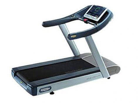 Run Excite 700i/700iE futópad - Technogym